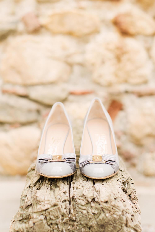 Photo-chaussures-de-mariage-de-mariee