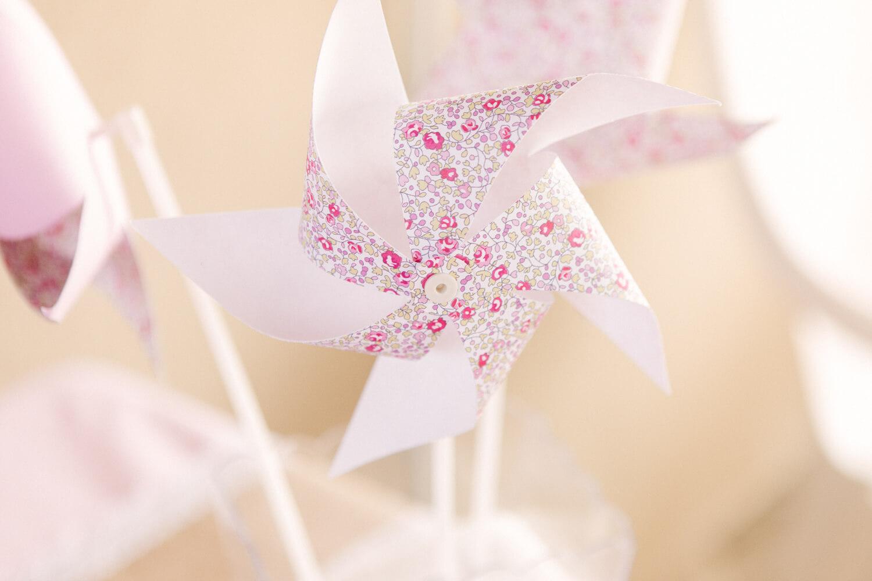 Photo-decoration-rose-sur-table
