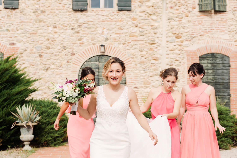 Photo-mariee-avec-temoins-mariage-perpignan