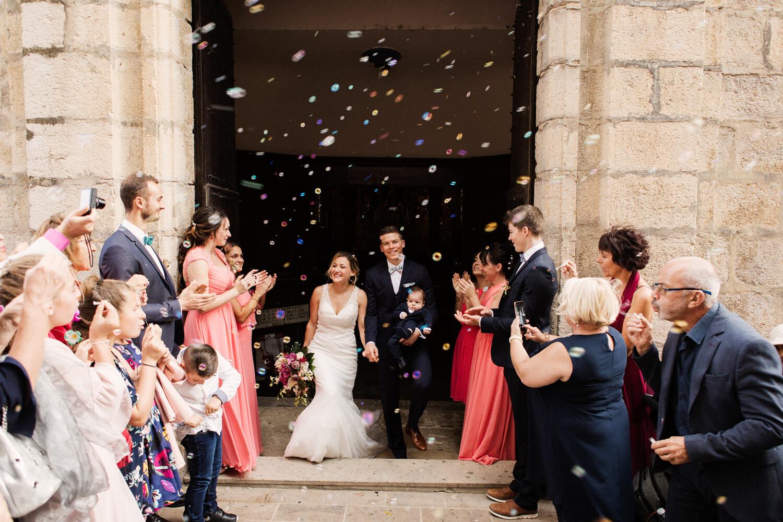 Photo-sortie-eglise-mariage-a-collioure