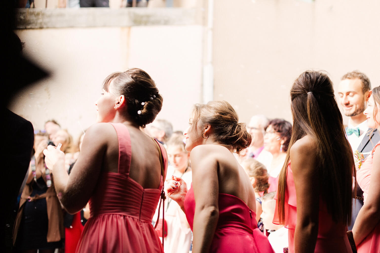 Photo-temoins-de-mariage-heureuse